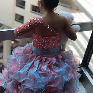 Other - GIRLS PAGEANT DRESS SIZE 6/7 ORGANZA